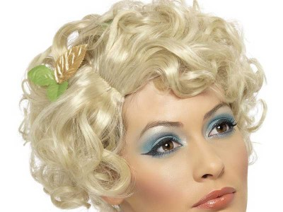 Peruca blonda zana buna cu floare